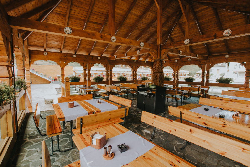 Restaurant-lostrita-terasa