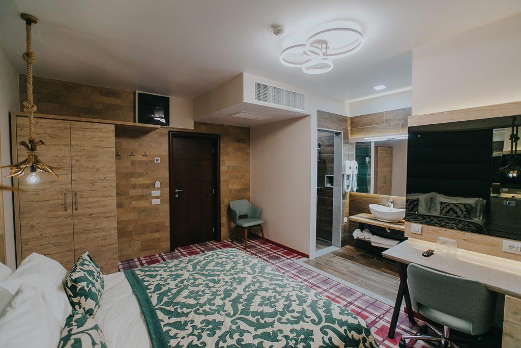 despre-noi-lostrita-cazare-hotel-pastravarie-spa-baia-mare-maramures-4